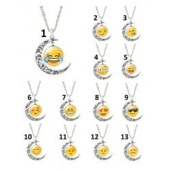 Halsband måne och emoji