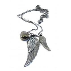 Halsband berlock med vingar och hjärta
