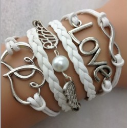 Armband vingar, infinity, LOVE & hjärtan