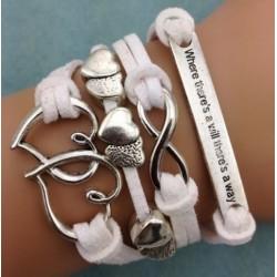 Armband Infinity, hjärtan & text